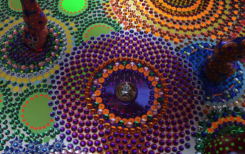 bling art  mesmerizing floor installations by Suzan Drummen - Art People Gallery